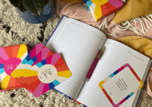 The Positive Affirmation Cards can be used together with The Positive Free Writing Journal